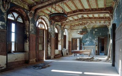 游走意大利鬼村-被遗忘的宫殿