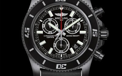 Breitling 百年靈超級海洋M2000計時腕表
