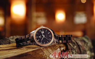 雷達 奇幻巧克力棕色高科技陶瓷腕表