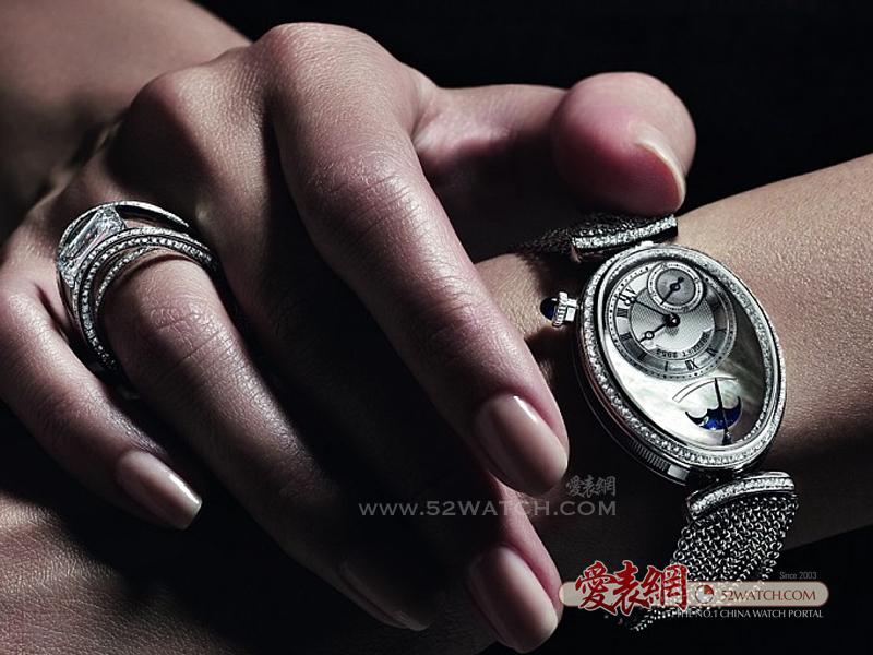 每个女人心目中都有一枚宝玑那不勒斯系列腕表