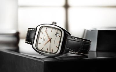 浪琴表全新经典复刻系列1969枕形腕表